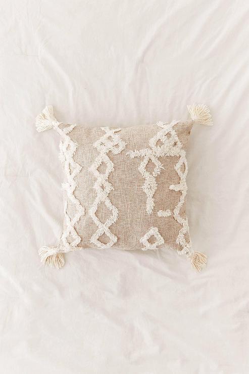 geometric woven beige tufted tassel