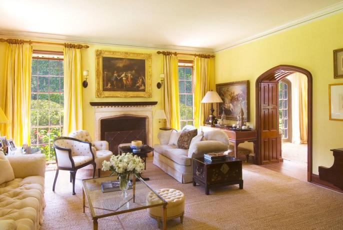 28 Rooms With Sunny Paint Colors Inspiration Dering Hall