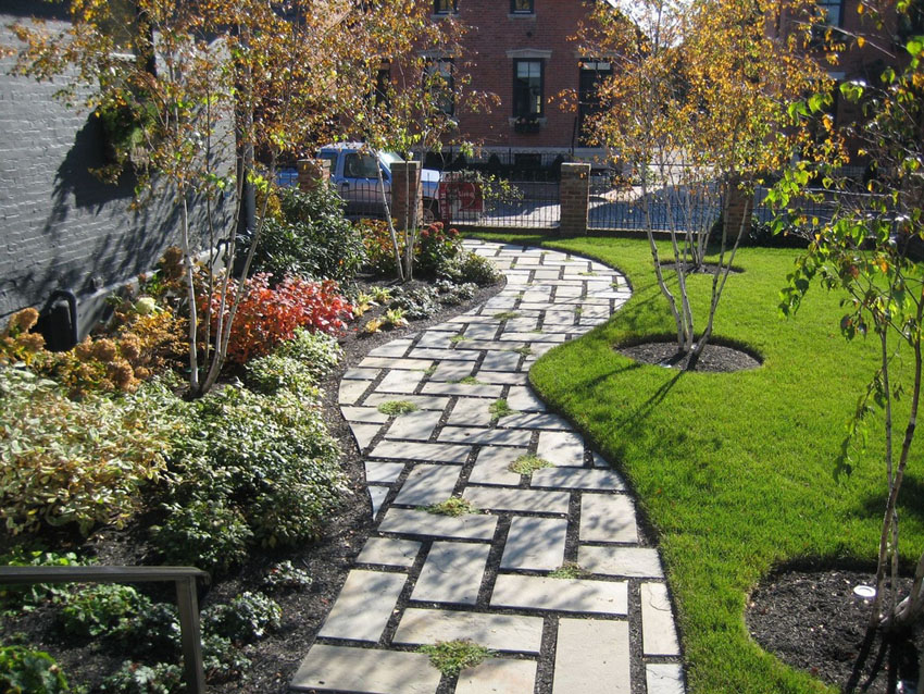 75 Walkway Ideas & Designs (Brick, Paver & Flagstone ... on Side Yard Walkway Ideas id=95175