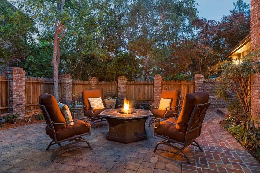 25 Brick Patio Design Ideas - Designing Idea on Backyard Brick Patio id=93328