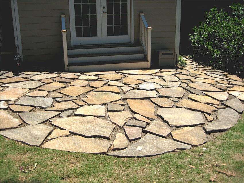 33 Stone Patio Ideas (Pictures) - Designing Idea on Flagstone Backyard Patio id=13212