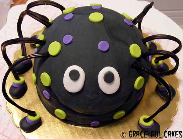 20 Enchanting Halloween Cakes With Delicious Designs