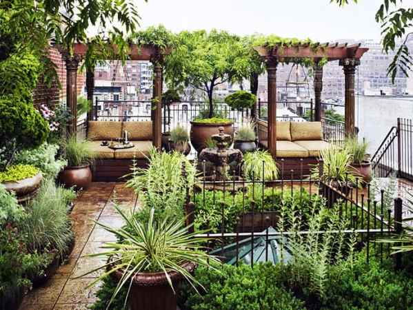 rooftop garden Looking for a Spectacular Secret Garden? Check Out This