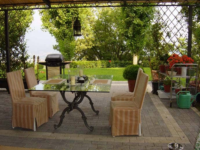 30 Rustic and Romantic Patio Design Ideas for Backyards ... on Romantic Patio Ideas id=39664
