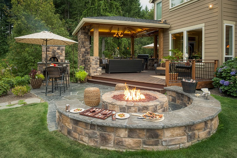 Perfect for Family Enjoyment: Outdoor Fireplace Room on Patio Kitchen  id=42768