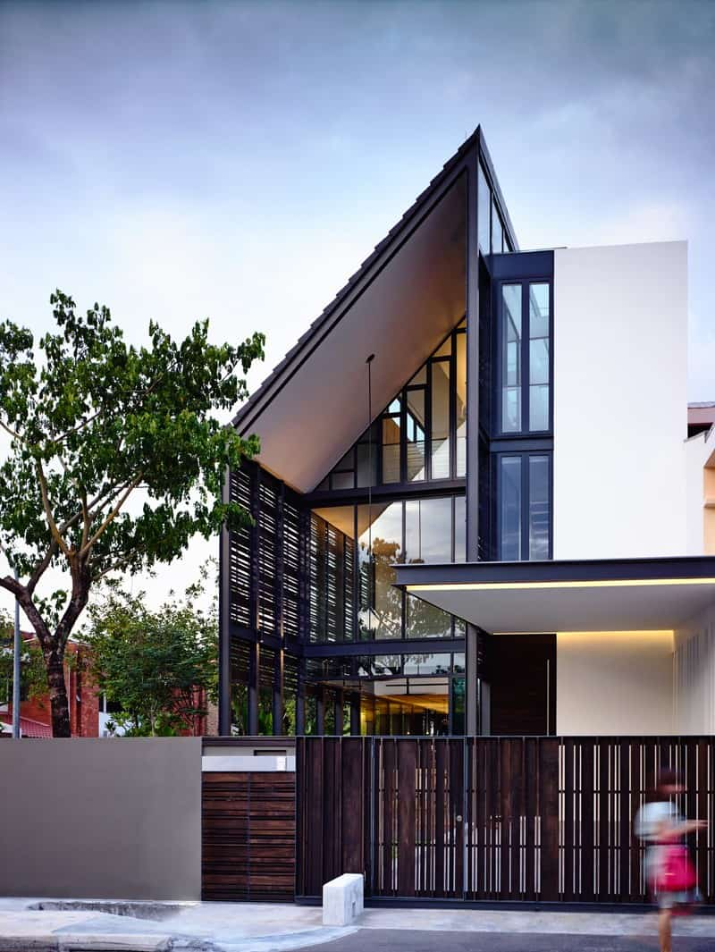 Lines Of Light A Family House By HYLA Architects Singapore