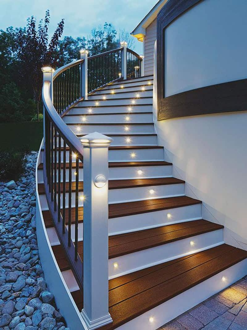 15 Attractive Step Lighting Ideas For Outdoor Spaces | Front House Stairs Design