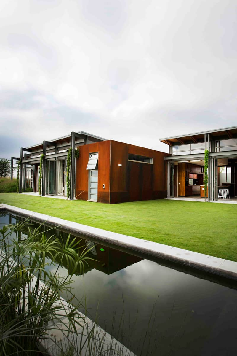 Warm in Winter, Cold in Summer: Modern Sustainable Home in ... on Modern:szae7Exnfpq= Amazing Houses  id=65578
