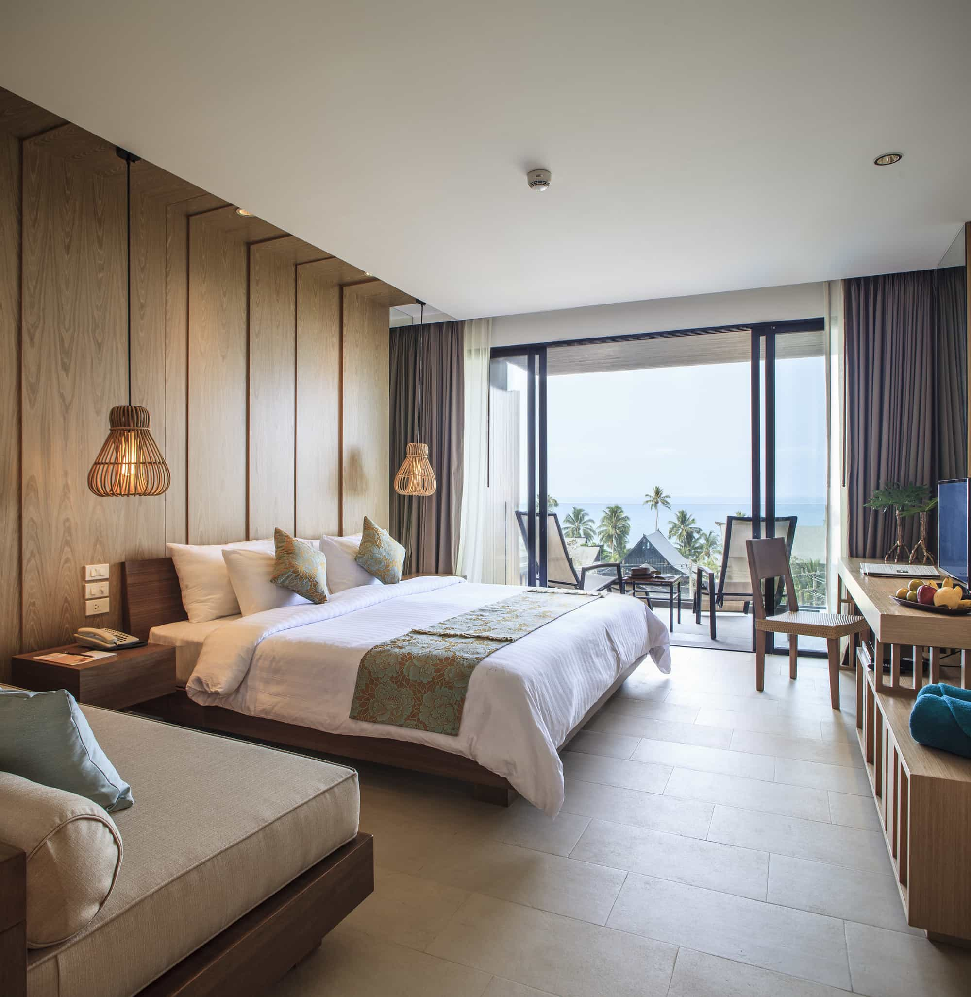 Hotel Room Design Ideas That Blend Aesthetics With ... on Photo Room Decor  id=35729