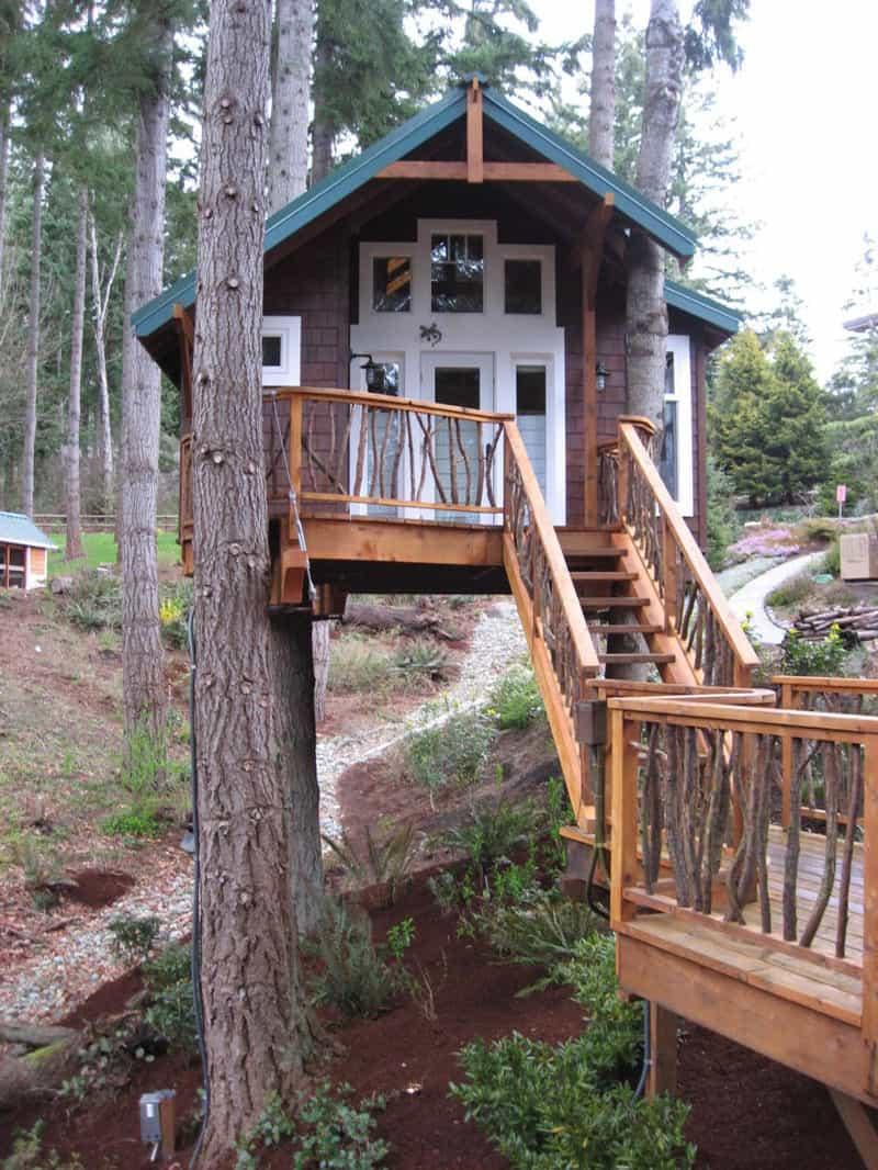 How to Build a Treehouse in the Backyard on Mansion Backyard Ideas id=96404