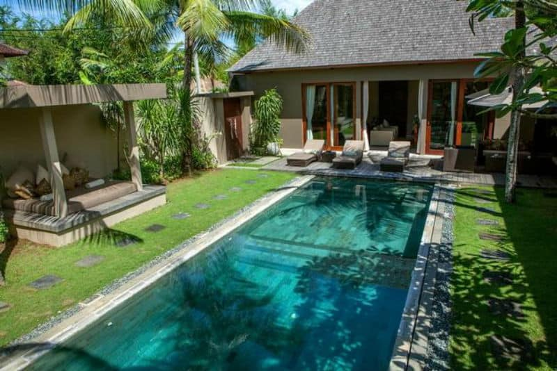 30 Small Pool Models Turn Your Courtyard Into A Paradise on Modern Backyard Ideas With Pool id=79444
