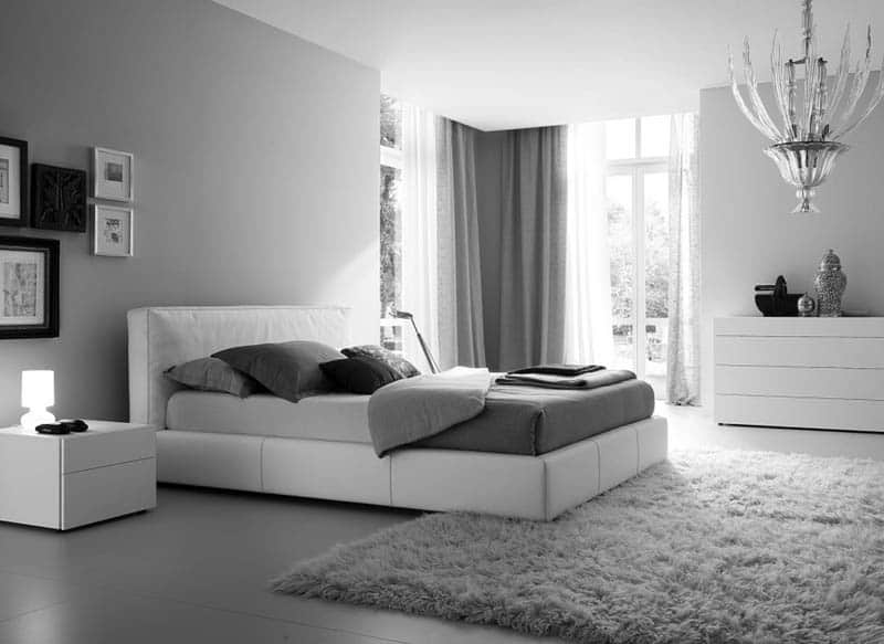Grey Carpets And Completing Accessories In Your Bedroom