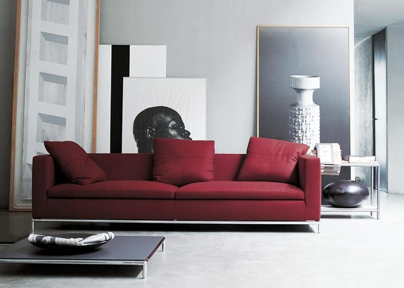 Cottonwood heights, utah why we love this pic: Adorable Red Sofas Creating a Modern Impression of Living Room