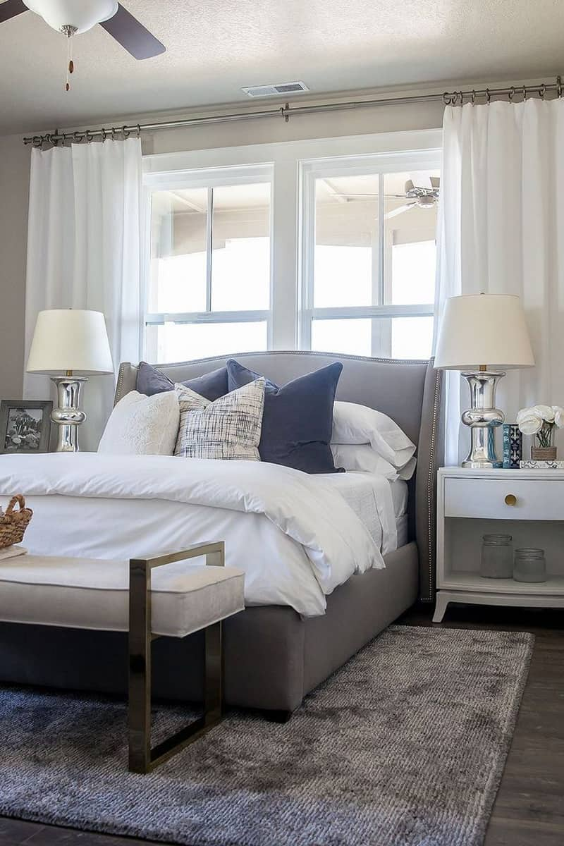 50 Ideas for Placing a Bed in Front of a Window on Bedroom Decor  id=79594