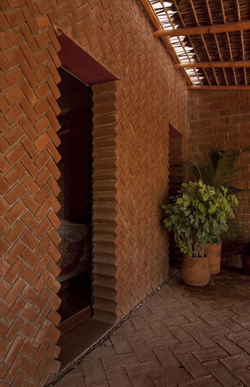 40 Spectacular Brick Wall Ideas You Can Use for Any House on Brick Wall Decorating Ideas  id=53479