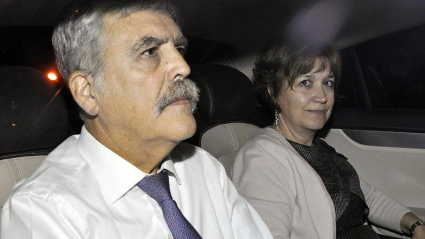 Alessandra Minnicelli denunció que ella y su esposo Julio De Vido fueron borrados de la lista de afiliados del PJ