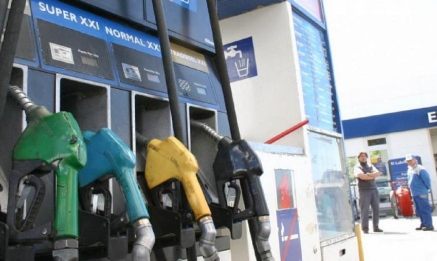 Coronavirus: Gobierno prepara decreto para congelar precio de combustibles al menos hasta octubre