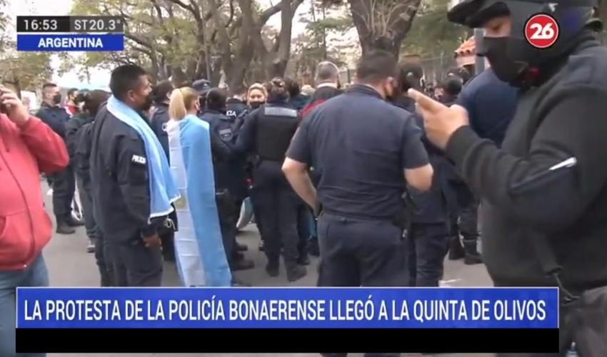 Protesta de Policía Bonaerense en Olivos: efectivos rechazaron reunirse con Alberto Fernández