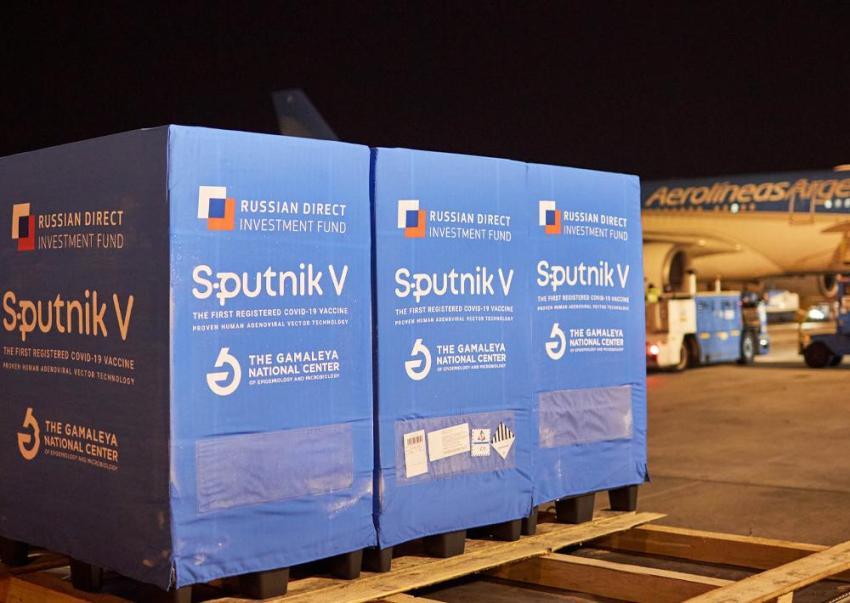 Llegan a la Argentina más de 500 mil dosis del componente uno de la vacuna Sputnik V contra coronavirus