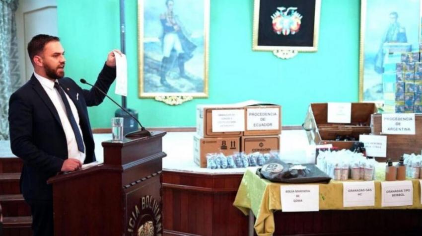 Bolivia mostró las armas y municiones presuntamente enviadas por Argentina al régimen de Jeanine Áñez