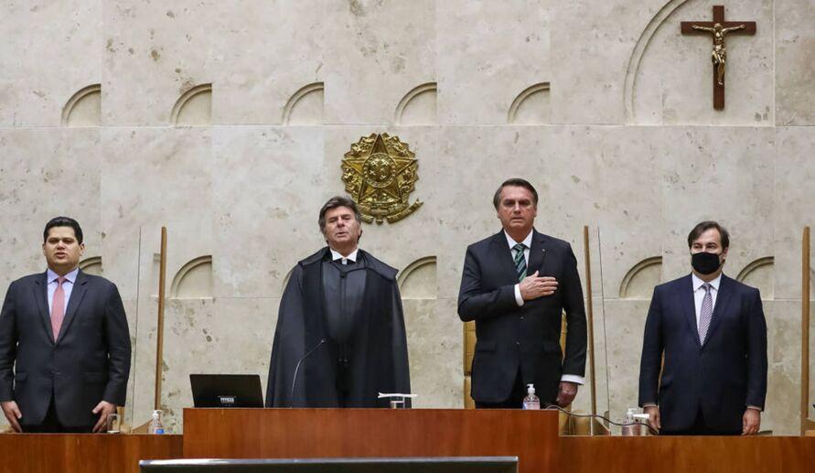 STF desmente Bolsonaro e afirma que não proibiu governo de atuar contra pandemia