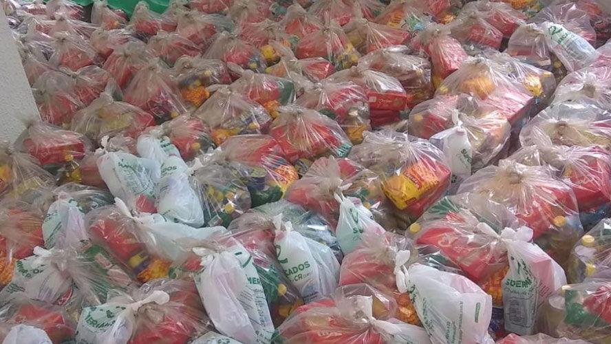 Foi destinado à Prefeitura o montante de R$ 50 mil para a compra de cestas básicas e produção das máscaras.