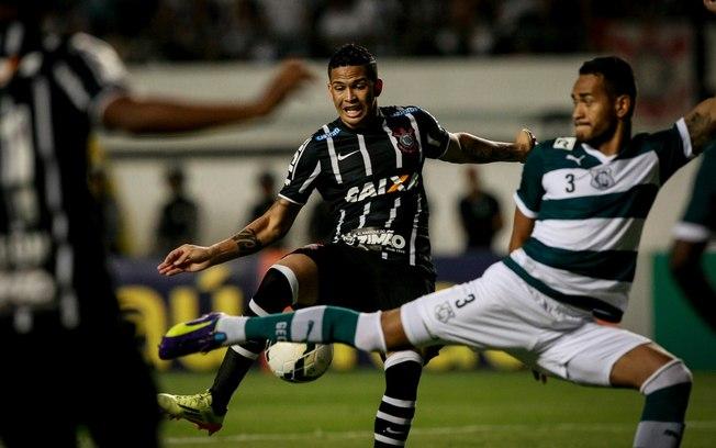 Corinthians venceu o Goiás em Belém no último jogo da série A disputado no Mangueirão em 2014.