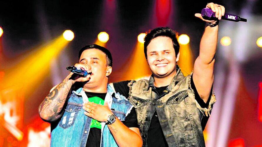 Dupla promete um apanhado dos dez anos de carreira, além de músicas tradicionais do período.