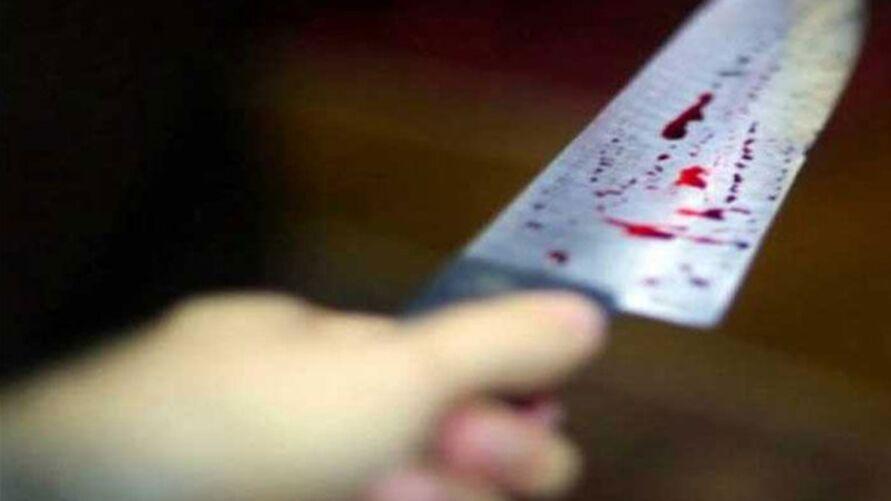 O homem acabou sendo atingido por várias facadas durante uma discussão.
