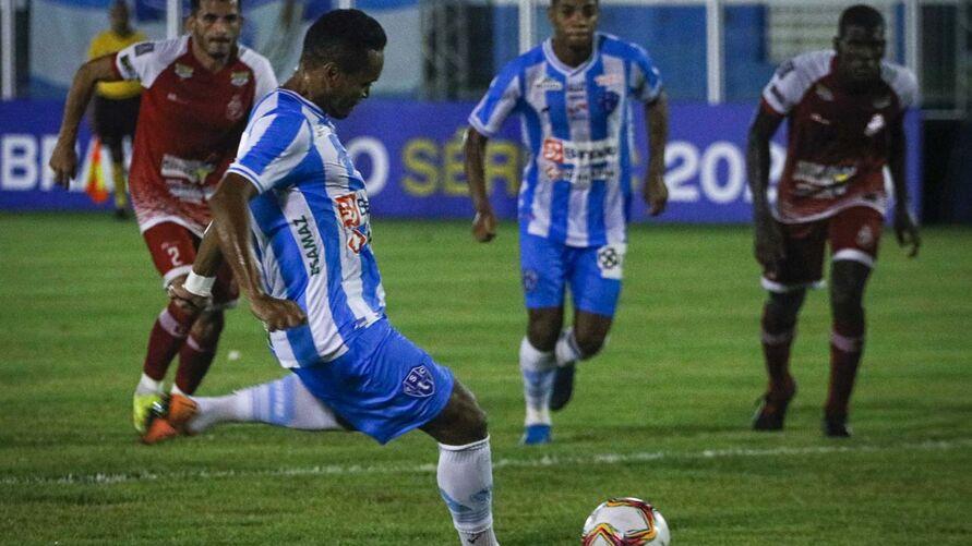 Alex Maranhão não joga desde a goleada sobre o Imperatriz-MA, quando marcou dois dos seis gols bicolores.