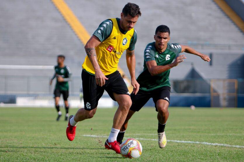 Imagem ilustrativa da notícia Remo pode ficar sem dois jogadores para duelo contra Jacuipense-BA