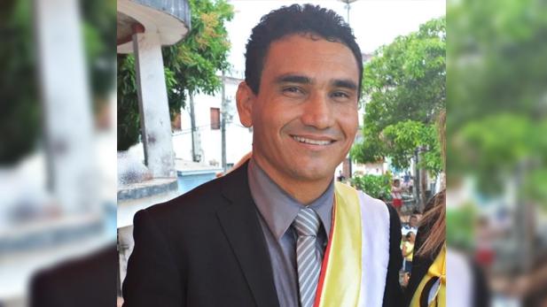 O prefeito Hilton Lima terá que devolver cerda de R$ 3 milhões que