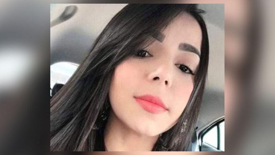 Advogada morreu após acidente com uma moto aquática, pilotada pelo médico.