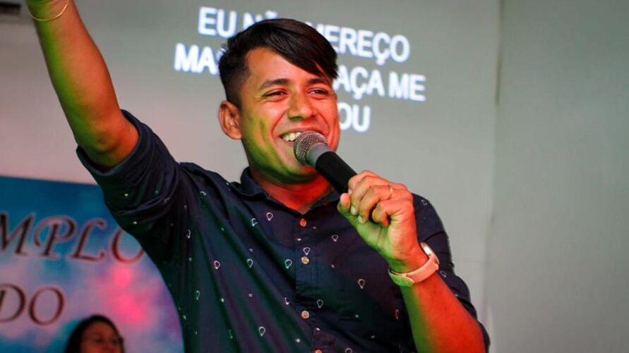 Imagem ilustrativa da notícia 'Me diga quem' é a nova composição do cantor paraense Igor Santos
