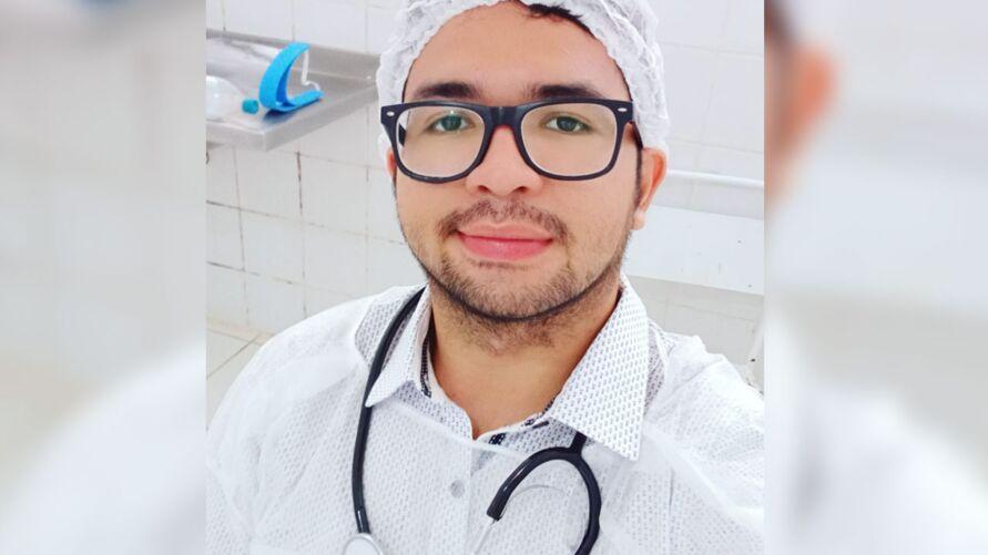 Imagem ilustrativa da notícia Corpo de universitário assassinado em Belém é liberado pelo IML
