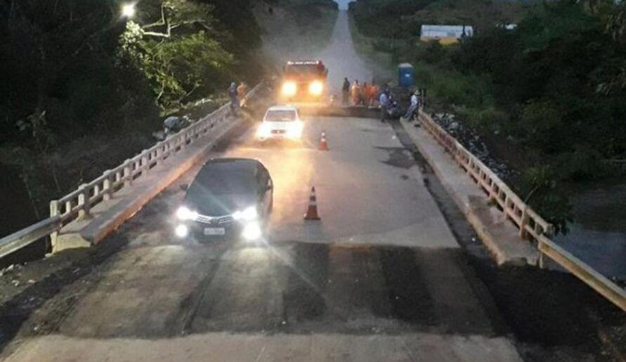 A estrada ficou sem condições de tráfego por quase cinco dias