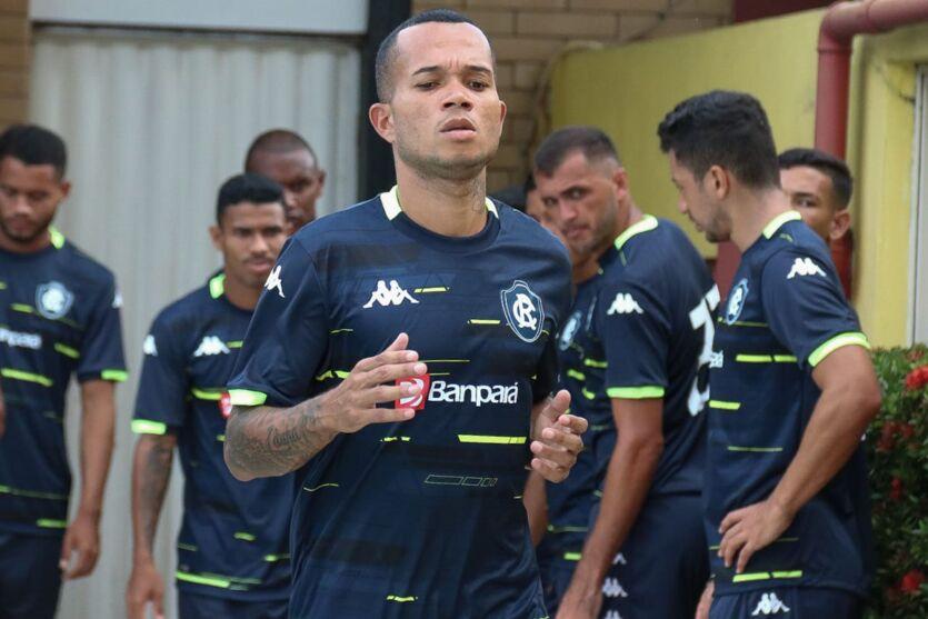Volante Anderson Uchôa tem presença confirmada no time do Remo, contra o Águia, em Marabá.