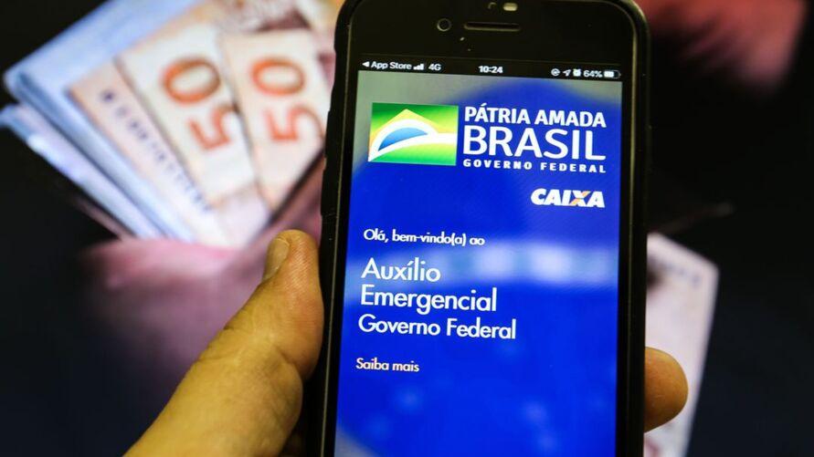 Imagem ilustrativa da notícia Prorrogação do auxílio emergencial deve congelar salários de servidores por dois anos