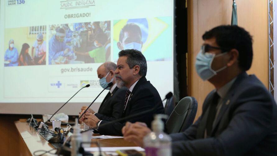Imagem ilustrativa da notícia Em apenas uma semana, Brasil registrou quase 500 mil casos de Covid-19