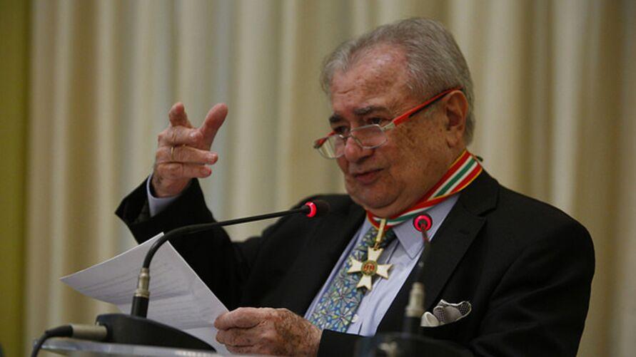 Imagem ilustrativa da notícia Morte de jurista Zeno Veloso é fake news