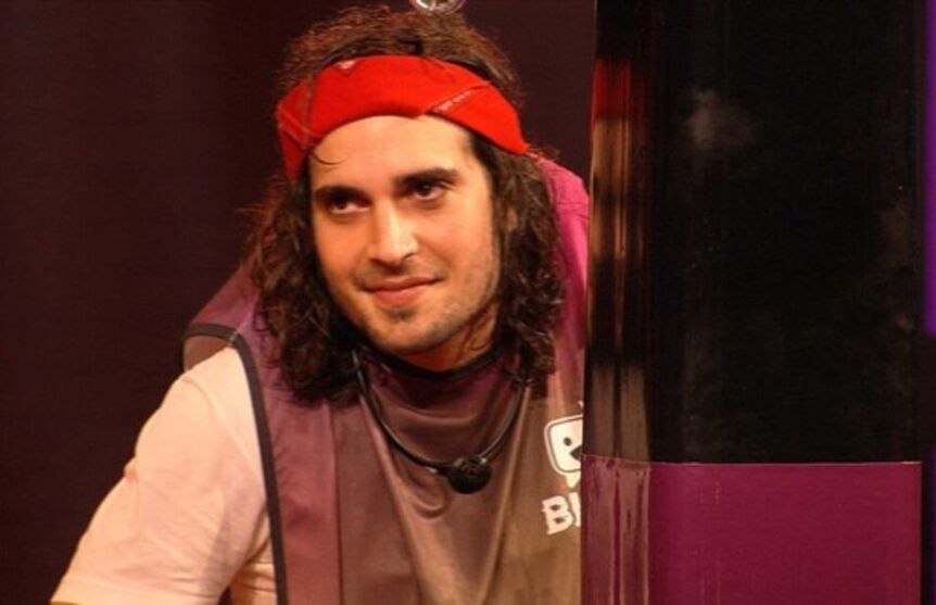 Com a vitória, o cantor Fiuk está garantindo na final do programa.