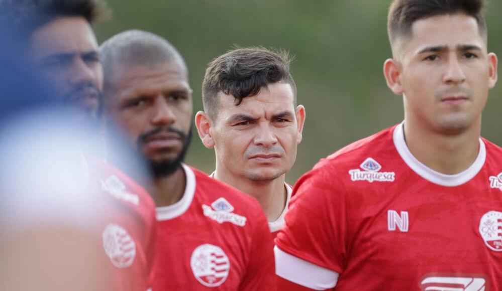 Imagem ilustrativa da notícia: Paysandu anuncia camisa 10, e torcida adversária invade perfil