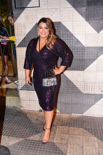 Bruna Marquezine comemora 24 anos com festão e presença de famosos