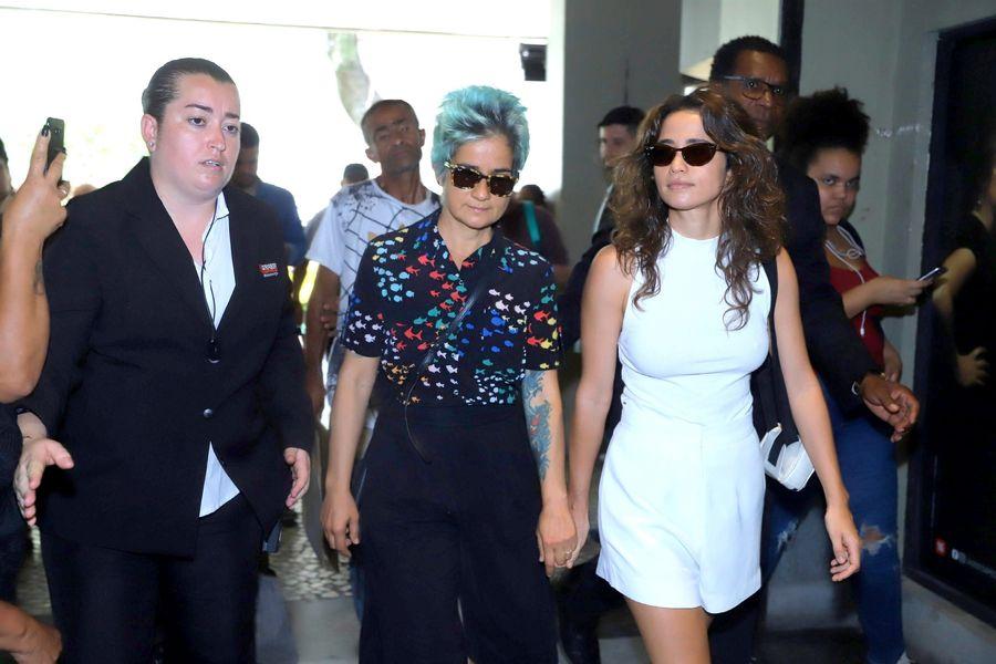 De Cláudia Raia a Xuxa, famosos se despedem de Jorge Fernando no Rio