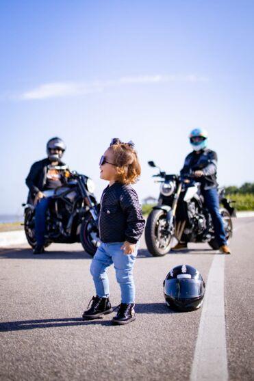 Mini motociclista paraense faz sucesso em ensaio
