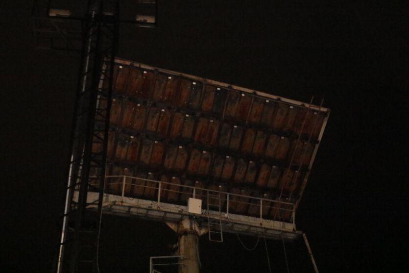 Veja imagens de destruição em Belém causadas pelo vendaval