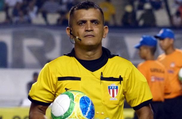 Em súmula, árbitro Joelson Nazareno confirma expulsão ao atacante do Águia