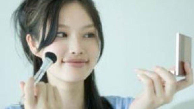 Tips Dandan untuk Wajah Oval