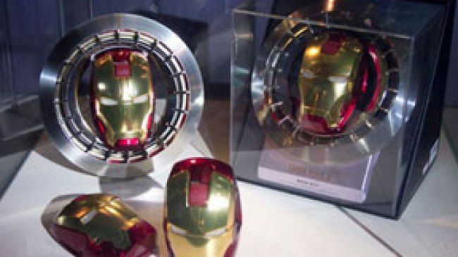 Habisi Musuh dengan Mouse Bergaya Iron Man