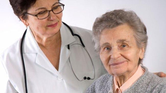Di Usia Senja, Wanita Rentan Terkena Osteoporosis